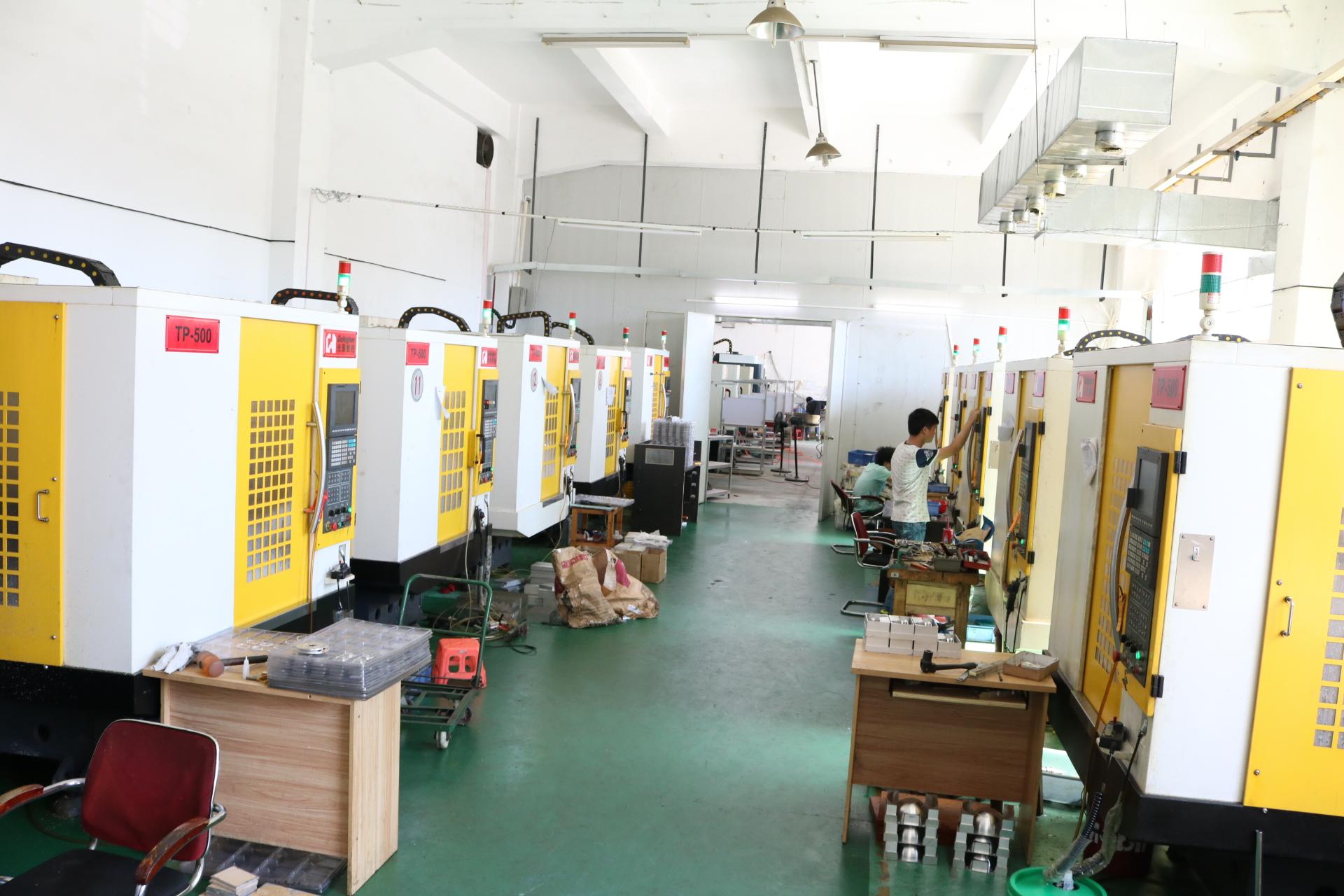 铝合金加工厂-加工设备